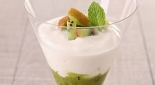 Coupe de kiwi bio à la chantilly de coco